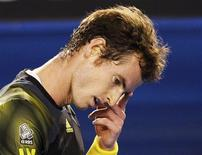 Andy Murray of Britain reacts during his men's singles final match against Novak Djokovic of Serbia at the Australian Open tennis tournament in Melbourne January 27, 2013. REUTERS/Daniel Munoz