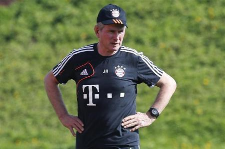 Bayern Munich's coach Jupp Heynckes takes part in a training session at Aspire Academy for Sports Excellence in Doha January 3, 2013. REUTERS/Fadi Al-Assaad