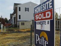 Una vivienda a la venta en Darnestown, EEUU, oct 23 2012. Los precios de las casas en Estados Unidos subieron en noviembre a su mayor ritmo interanual desde que comenzó la crisis inmobiliaria, en una nueva señal de que el sector está mejorando. REUTERS/Gary Cameron