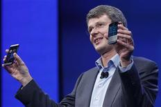 Research in Motion (RIM) President and Chief Executive Officer Thorsten Heins introduces new RIM Blackberry 10 devices during their launch in New York January 30, 2013. REUTERS/Shannon Stapleton (UNITED STATES - Tags: BUSINESS SCIENCE TECHNOLOGY TELECOMS)