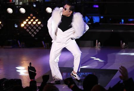 PSY performs during New Year's Eve celebrations in Times Square in New York December 31, 2012. REUTERS/Joshua Lott