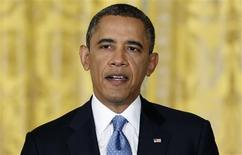 El presidente de Estados Unidos, Barack Obama, dijo el domingo que se necesitan más ingresos impositivos en los próximos años para reducir el déficit de Estados Unidos, pero que el aumento de los impuestos no es un tema clave. Imagen de Obama en una rueda de prensa en la Casa Blanca de Washington el 14 de enero. REUTERS/Jonathan Ernst