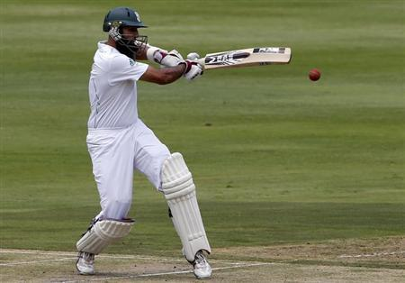 South Africa's Hashim Amla plays a shot during the first day of their first cricket test match against Pakistan in Johannesburg February 1, 2013. REUTERS/Mike Hutchings