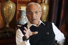 Egypt's former prime minister Ahmed Shafik speaks during an interview with Reuters at his residence in Abu Dhabi February 6, 2013. REUTERS/Jumana El Heloueh
