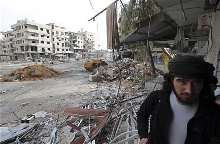 Syrian jets bomb Damascus ring road to halt rebel push
