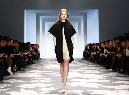 At New York fashion shows, black jacket becomes