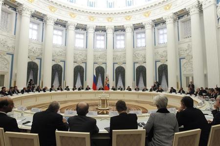 G20 representatives meet with Russian President Vladimir Putin in the Kremlin February 15, 2013. REUTERS/Maxim Shemetov