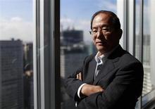 L'ancien gouverneur adjoint de la Banque du Japon (BoJ) Toshiro Muto est favori dans la course à la succession de Masaaki Shirakawa à la tête de la banque centrale japonaise mais sa personnalité conservatrice pourrait remettre en question les espoirs de mise en oeuvre d'une politique monétaire anti-conformiste. /Photo d'archives/REUTERS/Yuriko Nakao