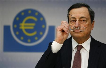 Mario Draghi, President of the European Central Bank (ECB), addresses the media during his monthly news conference in Frankfurt, January 10, 2013. Draghi announced that the ECB leaves the interest rates unchanged. REUTERS/Kai Pfaffenbach