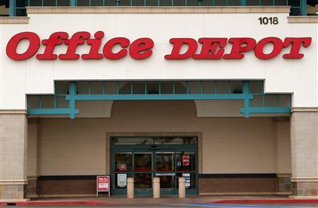 An Office Depot store is pictured in Encinitas, California, February 19, 2013. Office Depot, the No. 2 U.S. office supply retailer, is in advanced talks to merge with smaller rival OfficeMax and a deal could come as early as this week, a person familiar with the matter said on Monday. REUTERS/Mike Blake