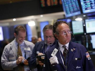 Wall Street extends losses; Nasdaq off 1 percent