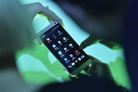 HTC launches smartphone with revamped software to take on Samsung
