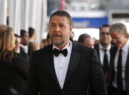 Jennifer Hudson, Zeta-Jones to sing in Oscars musical tribute