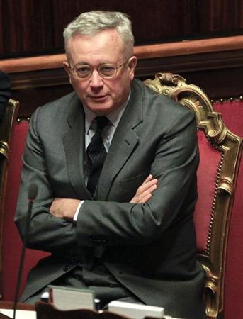 Italian Finance Minister Giulio Tremonti looks on during a voting session in Rome November 11, 2011. REUTERS/Stefano Rellandini
