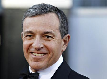 Chairman and CEO of The Walt Disney Company Robert Iger arrives at the 85th Academy Awards in Hollywood, California February 24, 2013. REUTERS/Lucas Jackson