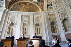 U.S. Secretary of State John Kerry (L) holds a news conference with Syrian National Coalition President Mouaz al-Khatib (C) and Italian Foreign Minister Giulio Terzi at Villa Madama in Rome February 28, 2013. The United States will send non-lethal aid directly to Syrian rebels for the first time, Kerry said on Thursday, disappointing opponents of President Bashar al-Assad who are clamouring for Western weapons. REUTERS/Jacquelyn Martin/Pool