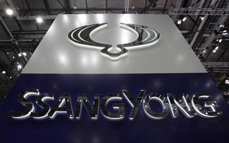 A logo of South Korean automaker SsangYong is pictured on the company's booth during the first media day of the Geneva Auto Show at the Palexpo in Geneva, March 6, 2012. REUTERS/Denis Balibouse/Files