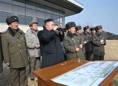 North Korean leader Kim Jong-Un (C) inspects an artillery firing drill of the Korean People's Army units in an undisclosed location in this undated recent picture released by the North's official KCNA news agency in Pyongyang February 26, 2013. REUTERS/KCNA