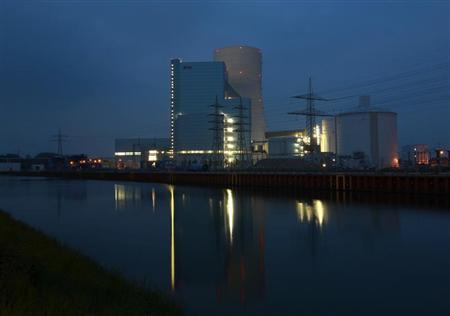 The building site of a coal power plant of German utility giant E.ON is pictured in the western city of Datteln May 1, 2012. REUTERS/Ina Fassbender