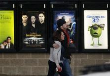 Le box-office mondial a progressé de 6% en 2012 à 34,7 milliards de dollars (26,9 milliards d'euros), et les ventes aux guichets des cinémas ont notamment bénéficié d'une forte hausse en Chine, devenue le deuxième marché mondial après l'Amérique du Nord. /Photo prise le 17 janvier 2013/REUTERS/Rick Wilking