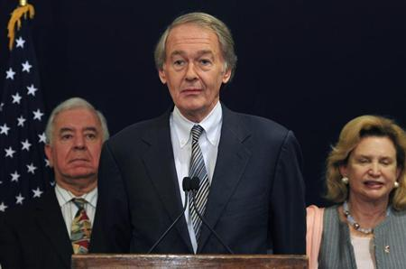 U.S. Representative Edward J. Markey speaks (C) during a visit by him and his colleagues discussing bilateral relationships between Egypt and the U.S., in Cairo March 15, 2012. REUTERS/Esam Al-Fetori