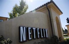 """Foto de archivo de la sede de Netflix en Los Gatos, EEUU, sep 20 2011. Netflix se está asociando con los creativos responsables de la franquicia de películas de acción """"The Matrix"""" para realizar una nueva serie de ciencia ficción que estará disponible sólo para los suscriptores del servicio de reproducción de video en línea. REUTERS/Robert Galbraith"""