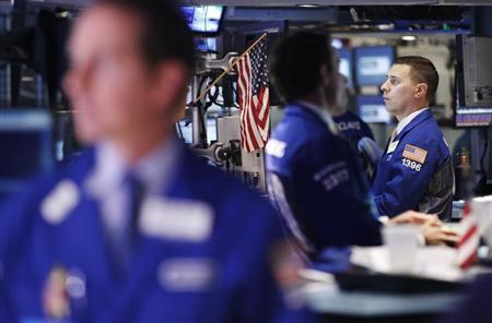 Traders work on the floor of the New York Stock Exchange, August 22, 2012. REUTERS/Brendan McDermid
