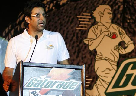 Wasim Akram, Pakistan's former cricket captain, speaks during a news conference organised by Gatorade Centre of Pace Excellence (GCPE) in New Delhi July 27, 2009. REUTERS/Buddhika Weerasinghe