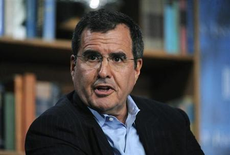 Peter Chernin, former President and Chief Operating Officer, News Corporation, speaks during the ''Outlook for the Entertainment Industry'' panel at the 2009 Milken Institute Global Conference in Beverly Hills, California April 29, 2009. REUTERS/Phil McCarten