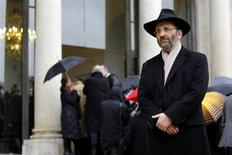 Chief Rabbi of France Gilles Bernheim leaves after a meeting at the Elysee Palace in Paris December 16, 2011. REUTERS/Charles Platiau