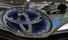 Toyota Motor, Nissan, Honda et Mazda rappellent un total d'environ 3,4 millions de véhicules dans le monde, en raison d'un problème d'airbag. /Photo prise le 5 février 2013/REUTERS/Toru Hanai