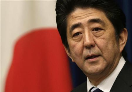 Japan's Prime Minister Shinzo Abe speaks during a news conference at his official residence in Tokyo March 15, 2013. REUTERS/Toru Hanai