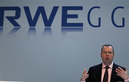 Peter Terium, chief executive of German power supplier RWE, addresses the company's annual news conference in Essen March 5, 2013. REUTERS/Ina Fassbender