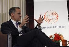 Bank of Canada Governor Mark Carney speaks as he is interviewed by Chrystia Freeland (not pictured), Thomson Reuters Managing Director and Editor, Consumer News, at the National Press Club in Washington April 18, 2013. REUTERS/Gary Cameron