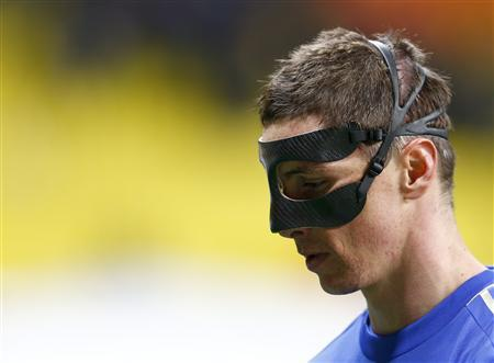 Chelsea's Fernando Torres leaves the pitch after the Europa League quarter-final second leg soccer match against Rubin Kazan at the Luzhniki stadium in Moscow April 11, 2013. REUTERS/Grigory Dukor