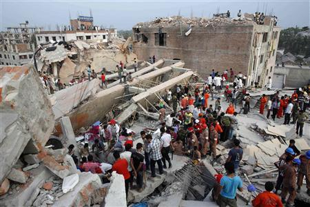Bangladesh factory building collapse kills more than 100