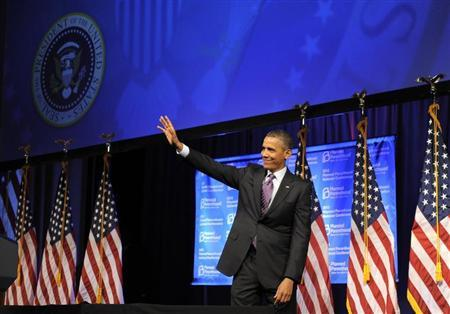 U.S. President Barack Obama waves to guests as he leaves the stage after speaking at the Planned Parenthood National Conference at the Marriott Wardman Park Hotel in Washington April 26, 2013. REUTERS/Mike Theiler