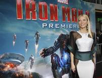 """Cast member Gwyneth Paltrow poses at the premiere of """"Iron Man 3"""" at El Capitan theatre in Hollywood, California April 24, 2013. REUTERS/Mario Anzuoni"""