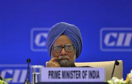 Prime Minister Manmohan Singh attends the annual general meeting and national conference of the Confederation of Indian Industry (CII) in New Delhi April 3, 2013. REUTERS/Adnan Abidi/Files