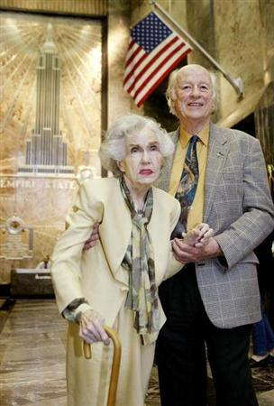 Legendary actress Fay Wray (R) and special effects pioneer Ray Harryhausen visit the Empire State Building May 15, 2004 in New York. REUTERS/Jeff Christensen
