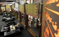 سوق دبي المالي يوم 29 ابريل نيسان 2012. تصوير: جومانة الحلوة - رويترز