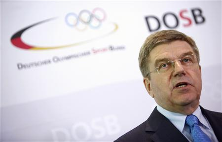 German Olympic Sports Confederation (Deutscher Olympischer Sportbund, DOSB) President Thomas Bach addresses a news conference in Frankfurt May 9, 2013. REUTERS/Lisi Niesner