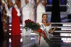 Miss New York Mallory Hytes Hagan, 23, reacts after being crowned Miss America 2013 during the Miss America Pageant in Las Vegas January 12, 2013. REUTERS/Steve Marcus