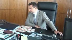 Le directeur général de Rosbank, filiale russe de Société générale, a été arrêté mercredi à Moscou, étant soupçonné d'avoir accepté des pots-de-vin, un coup dur pour l'une des rares banques étrangères à oser affronter les banques publiques russes sur leur terrain. /Image diffusée le 15 mai 2013/REUTERS