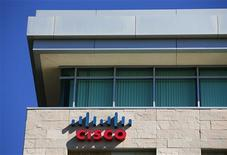 Una oficina de Cisco en San Diego, EEUU, nov 12 2012. Las acciones de Cisco Systems Inc subían hasta un 14 por ciento el jueves, un día después de que la compañía reportó resultados trimestrales y metas financieras mejores a las esperadas por Wall Street. REUTERS/Mike Blake