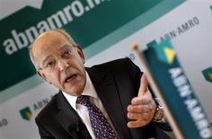 Gerrit Zalm, directeur général d'ABN Amro. La banque nationalisée par l'Etat néerlandais va supprimer 400 emplois, soit environ 2% de ses effectifs, en vue d'une éventuelle cession. /Photo d'archives/REUTERS/Jerry Lampen