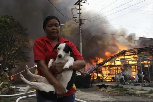 Panama neighborhood ablaze