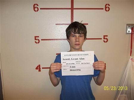 Oregon school-bomb suspect charged with attempted murder