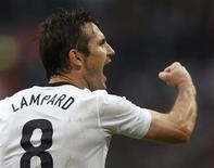 Jogador inglês, Frank Lampard celebra gol de empate contra Irlanda, em amistoso no Estádio de Wembley, em Londres, maio de 2013. O jogador britânico elogiou Neymar em coletiva de imprensa nesse sábado, no Rio de Janeiro. 29/05/2013 REUTERS/Eddie Keogh