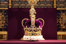 St Edward's Crown, which hasn't been outside the Tower of London for 60 years, is displayed during a service celebrating the 60th anniversary of Queen Elizabeth's coronation at Westminster Abbey in London June 4, 2013. REUTERS/Jack Hill/Pool